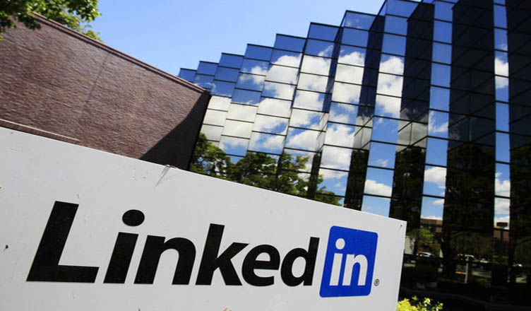 Why Microsoft Acquired LinkedIn? A detailed analysis-